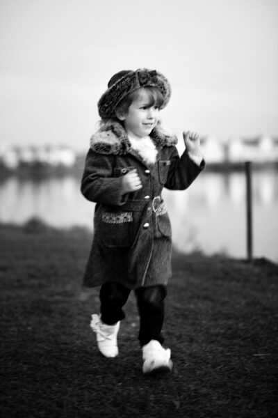 Childs portrait session by the lake in Kent